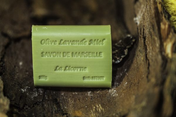 Rectangle 100g Miel olive lavande, Real Marseille Soap, made in Marseille