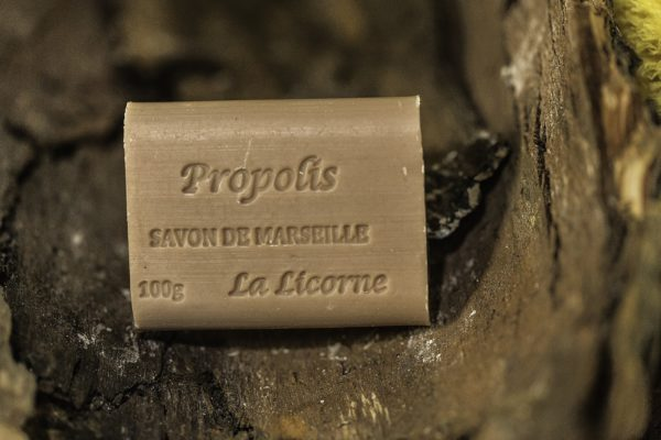 Rectangle 100g Propolis vanille, Real Marseille Soap, made in Marseille
