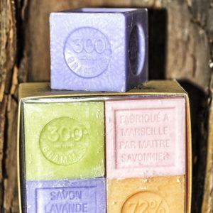 Coffret 4 Savons de Marseille Cubes Parfumés 300 g