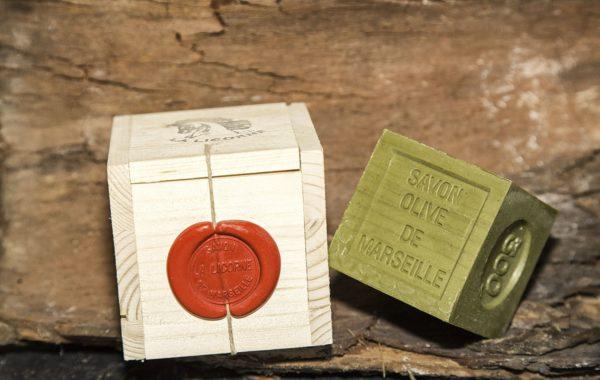 Boite cube bois + cube 300g