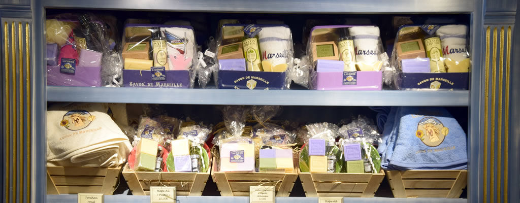 Savonnerie-de-la-licorne-boutique-du-musee-du-savon-marseille-veritable-savon-de-marseille-4