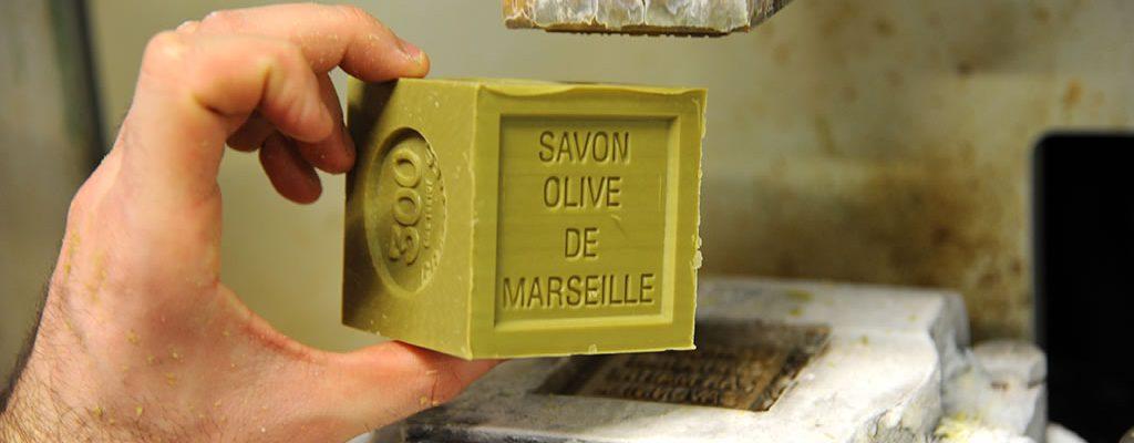 Savonnerie-de-la-licorne-cours-julien-marseille-veritable-savon-de-marseille-10