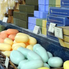 boutique-veritable-savon-de-marseille-cours-julient-savonnerie-la-licorne-20