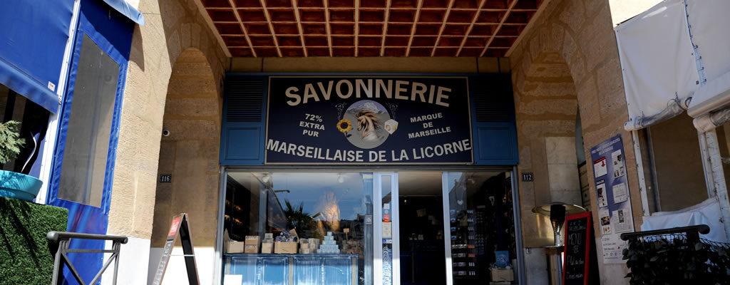 boutique-veritable-savon-de-marseille-mairie-vieux-port-savonnerie-la-licorne-4